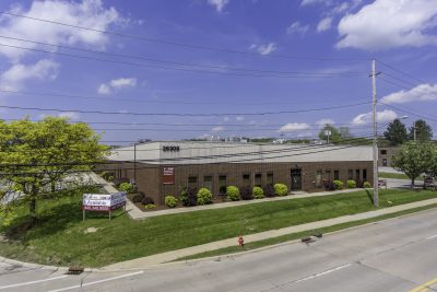 WESTON COMMERCE CENTER 26309 MILES ROAD – 3,640 SF WARRENSVILLE HEIGHTS , OH