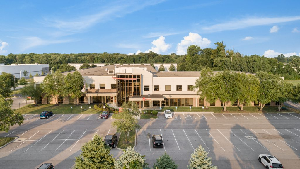 Flooring Company Seeking Additional Space Returns to Weston